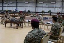Photo of الملك يؤكد اعتزازه بدور القوات المسلحة في حماية حدود المملكة
