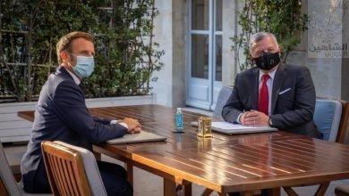 Photo of جلالة الملك يعقد مباحثات مع الرئيس الفرنسي في قصر الإليزيه تناولت التطورات الإقليمية والدولية.
