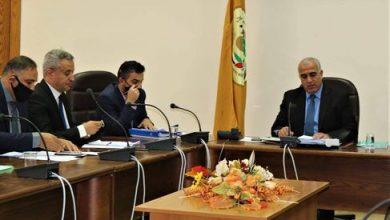 صورة مجلس عمداء جامعة الحسين بن طلال يتخذ عدد من الاجراءات لتنظيم عملية التعليم الالكتروني